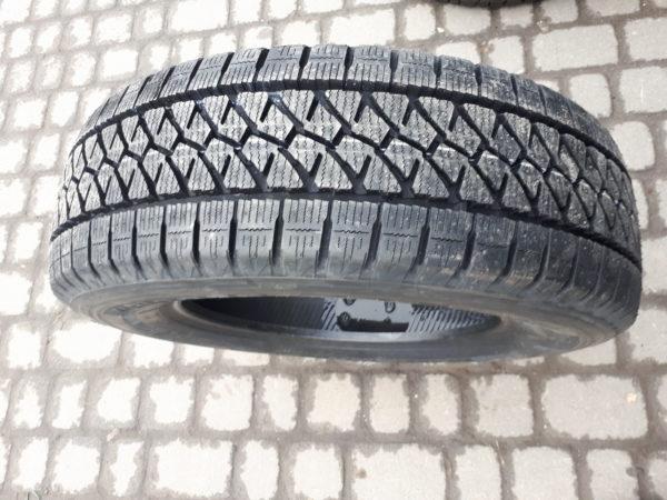 Bridgestone W995. Японія. Зима.Вантажна шина.Конкурентна до Michelin.Агресивний протектор,м'які ламелі.