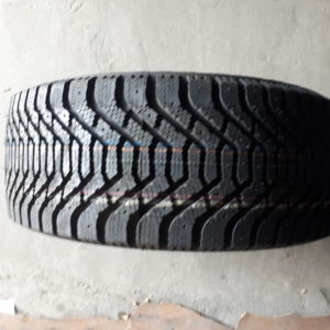 Goodyear UltraGrip500